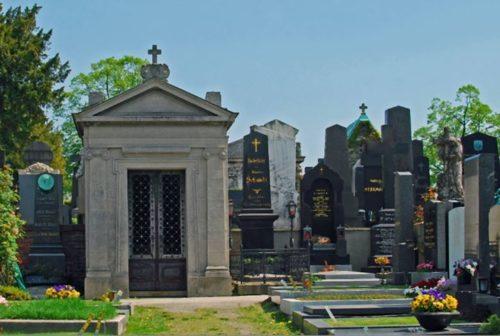 Heute das Grab meines verstorbenen Ehemannes besucht, der sich jahrelang als Bür…