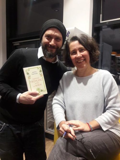 Die Liste Seestadt dankt Bestseller-Autorin Petra Hartlieb für die stimmungsvoll…
