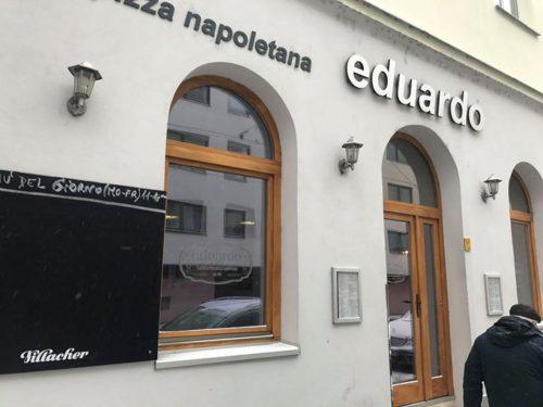 Daumen halten: Treffe jetzt gleich eine Bezirksrätin der Donaustadt (die nicht n…